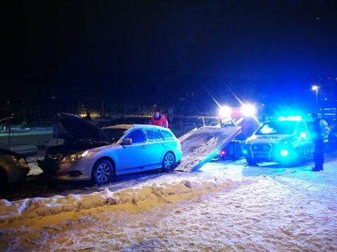 Airbag ble utløst etter trafikkulykken i Kirkealleen mandag kveld, opplyser politiet.