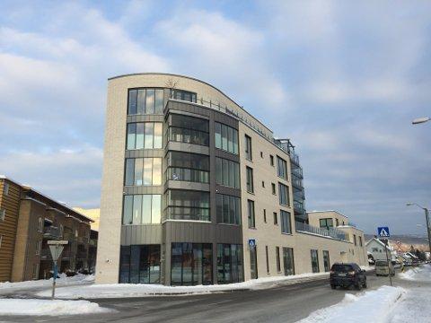 Leilighetene på Munkhaughjørnet skulle være innflyttingsklare ved utgangen av 2018, men var ikke ferdige før i mars 2019.