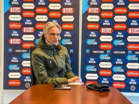 I EN SPESIELL SITUASJON: André Nevstad, sportssjef og daglig leder i MIF Fotball, må konstatere at ti Mjøndalen-spillere har pådratt seg koronasmitte.