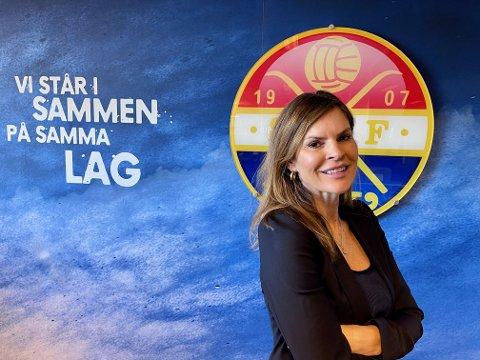 HEMMELIGHETSFULL: Fungerende styreleder i Strømsgodset Toppfotball, Elisabeth Lohk, vil ikke si mye om prosessen rundt ansettelse av ny daglig leder i klubben.
