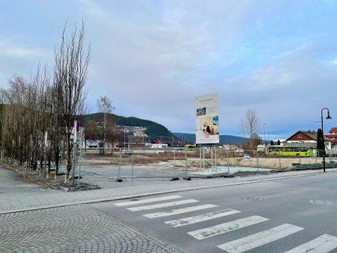 I Arbeidergata i Mjøndalen, med både tog og buss rett utenfor døra, vil JM Norge bygge 112 boliger.
