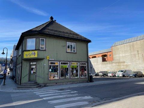 NY EIER: SRA Invest AS har kjøpt Holmgården i Mjøndalen, og har planene klare.