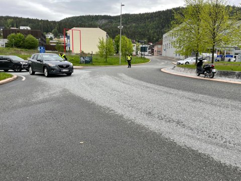 Trafikkulykken har skjedd ved rundkjøringa ved Øvre Sund Bru på Bragernes-siden