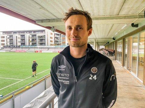 ANGREPSSPILLER: Ole Amund Sveen har hatt en trøblete oppkjøring. Nå håper han å rekke seriestart om en drøy uke.