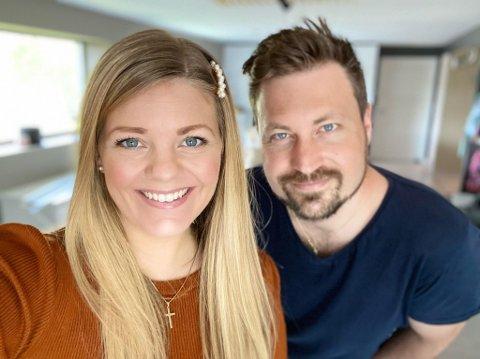 Marius og Heidi Grøttland-Meyer fra Konnerud er sjubarnsforeldre og fra mandag kan de ikke sende ungene sine i verken barnehagen eller skolen.
