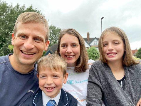 FAMILIEN: Her er hele Liborg-familien samlet. (f.v) Nils-Kristian, Noah (8), Ingvild og Sarah Liborg (11).