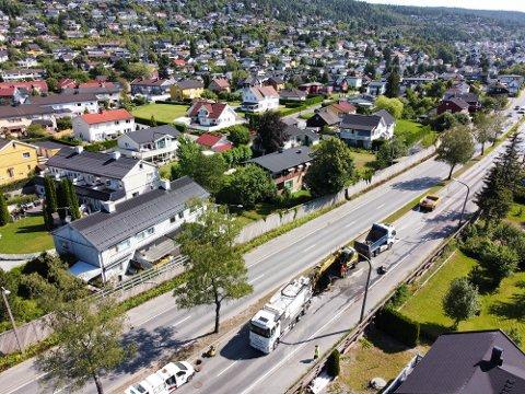 Kommunens mannskaper måtte grave i Rosenkrantzgata etter en vannlekkasje torsdag.