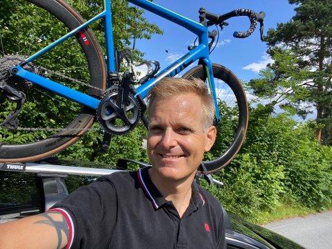 SMILER: Ketil Wendelbo Aanensen (43) er takknemlig for at smilet er på plass igjen.