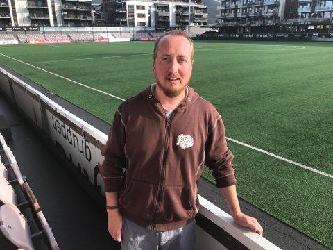 Gledens dag: - At vi nå har mulighet for et fullsatt stadion igjen er en gledens dag, sier Harald Mørk, talsmann for supporterklubben  3050.