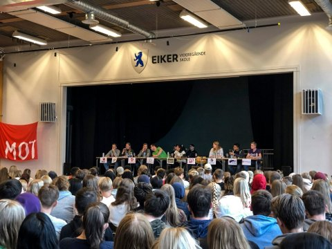 DEBATT: Fra valgdebatten ved Eiker vgs i 2019. Foto: Maria Constance Enger Amdal, Eikerbladet