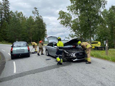 To biler var involvert i ulykken mandag ettermiddag.