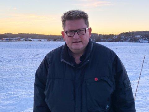 Ordfører Hans Kristian Solberg oppfordrer til å utsette reiser som ikke er nødvendige.