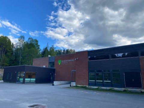STORT UTBRUDD: Til sammen 24 personer ved Løvenstad skole har nå fått bekreftet smitte.