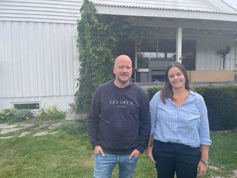 FIKK IKKE BYGGE: Sigbjørn Aanes og Sunniva Flakstad Ihle fikk nei fra kommunen på planene om drømmehuset sitt. Nå håper de planene for det nye huset blir godkjent