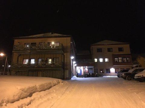 Kommunestyret i Nordkapp vedtok å bygge ned tilbudet ved Elvegården med 9 mot 8 stemmer.