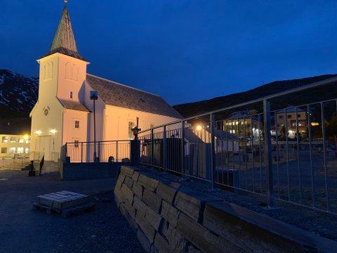 ADVARER: Nordkapp menighet ber folk om å være forsiktig hvis de skal besøke kirkegården.