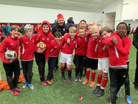 24 lag fra hele Finnmark var samlet i Nordkapp flerbrukshallen under Labb og Line cup i dag. HT&IF var godt representert.