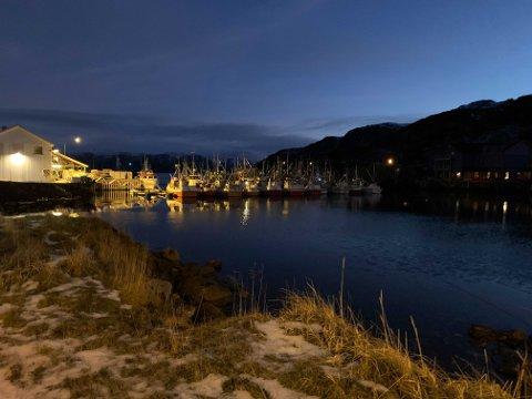 MILDT: Slik så nesten-snøfrie Kamøyvær ut tirsdag 22. desember.