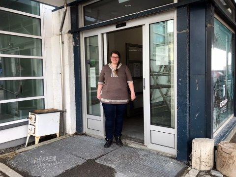 Hilde Nielsen er daglig leder ved Nordkappmuseet, og på lørdag kan hun ønske velkommen til besøkende igjen.