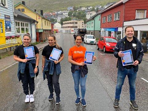KLAR FOR MAT: Eilen Robertsen, Veronica Vian, Alma Catubig og Odd-Arne Nilsen er noen av dem som er med på konseptet «Matløypa».