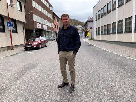 FORTSETTER KAMPEN: Leder for Nordkapp Høyre, Dan Nilsen, sier det jobbes aktivt for å realisere prosjektet på Veidnes.