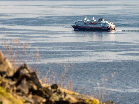 KYSTRUTA: Hurtigruten seiler igjen helt fra Bergen til Kirkenes, men foreløpig kun med fem skip.