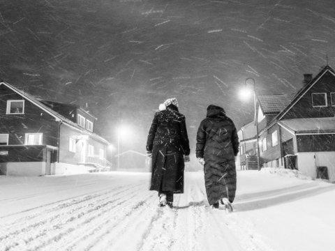 SNØ og VIND: Det har vært mye snø og vind de siste dagene og det er ikke slutt ennå. I natt skal det blåse kulig og snø mange steder i Vest-Finnmark.