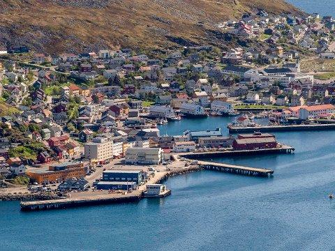 TOMT: Cruiseskipene glimrer fortsatt med sitt fravær i Honningsvåg. Det rammer økonomien til havneselskapet.