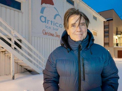 FIKK HJELP: Jose Manuel Perez og Artico Ice Bar i Honningsvåg har vært så og si uten inntekter fra mars til november, og var en av bedriftene som fikk koronastøtte i høst.
