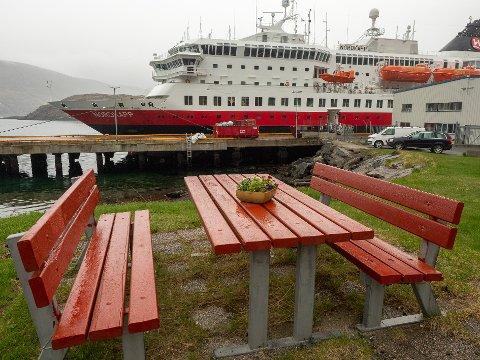 ALLE I DRIFT: Fra og med denne helga er alle Hurtigrutens syv skip tilbake i drift langs norskekysten