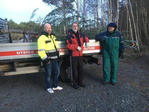 Knut Einar Grønsberg, Magne Hovland og Malvin Horne på juletresanking på Sørstrand.