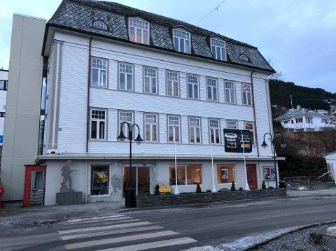 OVERLEVDE: Kinn kommunestyre redda Måløyraidsenteret frå konkursens rand.