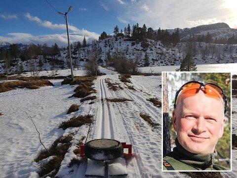 VARMT: Varmerekordar og snø går ikkje godt i lag. Laurdag smelta mykje av snøen i lysløypa mellom Svelgen og Ålfoten bort.