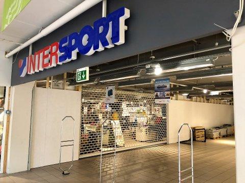 KONKURS: Intersport på Amfi-senteret er konkurs. No er dørene stengt.