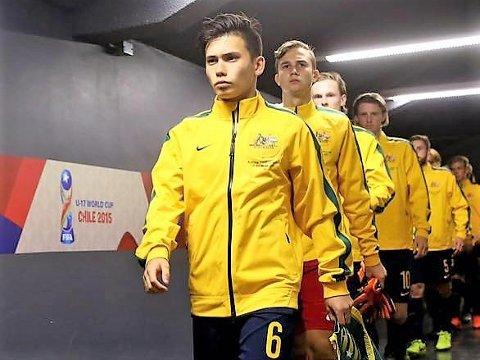 NY FLORØSPELAR: Joe Caletti (20) frå Sydney i Australia har signert kontrakt ut 20/21-sesongen med Florø Fotball.