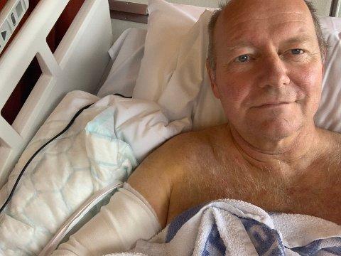 MÅTTE OPERERE: Eit lite sår bak på olbogen utvikla seg til ein streptokokkinfeksjon. Etter fem operasjonar ved Førde sentralsjukehus er Jan Henrik Nygård blitt mykje betre.