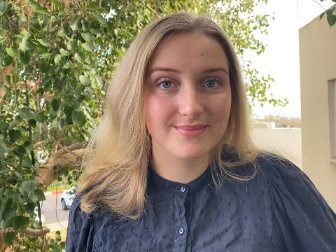 GLOBETROTTAR: Una Charbout gåt på internasjonal skule i Israel., og måtte feire jul på skulen.