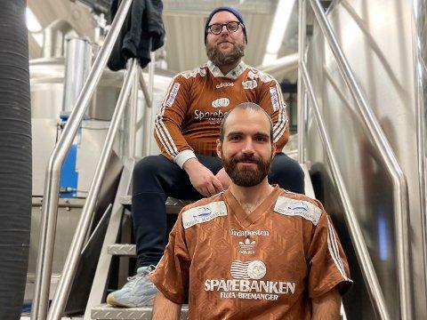 NYE PÅ LAGET: Eskild Bergan og Giacomo Manni toppar laget på Kinn Bryggeri