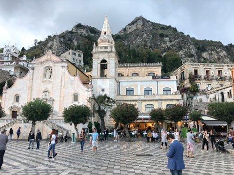 Torget i Taormina, Sicilia.