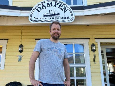 KLAR FOR OPNING: Laurdag 3. juli opnar Tore Lindbæk dørene til Dampen. Det har gått fort i svingane, kan ålesundaren fortelje.
