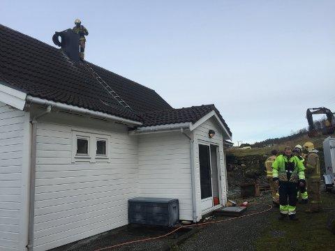 PIPEBRANN: Ifølge Nils Ove Vetti i brannvesenet er ikkje pipebrannar veldig vanleg. – Nokre år rykker vi ut til null, nokre år tre-fire.