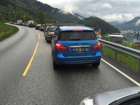 UNNGÅ KØ: Unngå å starte påska på denne måten med å lese tipsa frå trafikkoperatør Idar Sangolt i Vegtrafikksentralen.