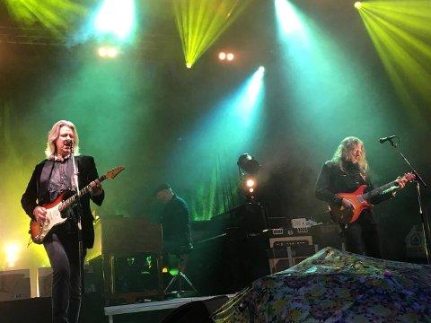Hellbillies trekte over 1000 til utekonserten ved Tønna.