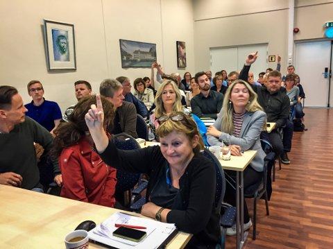 Motframlegget får Åshild Kjelsnes vart stemt ned med 59 mot 10 røyster, då Ap valde å gå mot regjeringa sitt reform-forslag.