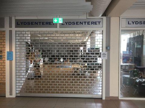 SLUTT: Lydsenteret hadde sin base i 3. etasje på Førde Torg.