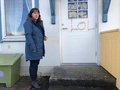 HÆRVERK: Leiar i barnehagen, Anette Støyva, er skuffa over at nokon får seg til å gjere dette.