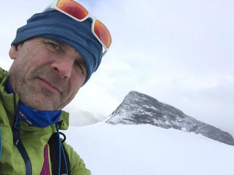 GODT RUSTA: Marino Jan Ask, styreleiar i Sogn og Fjordane Turlag, minnar om at folk må vere førebudde på at det no er haust i fjella.