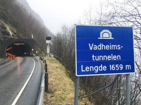 SKAL OPPGRADERAST: Vadheimstunnelen i Høyanger kommune.