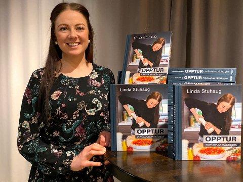 BOKSLEPP: Stuhaug var denne veke på lansering av si andre bok i Oslo. Boka har ikkje vore lenge i hyllene, men har allereie selt 5000 eksemplar.