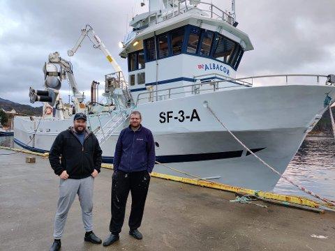 SAMARBEIDER: Fred Otto Norheim og Rune Andre Øvrebø har slått seg saman til eitt fiskeselskap.